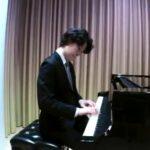 粗品さん、超高級ピアノでGOD揃いの音を再現